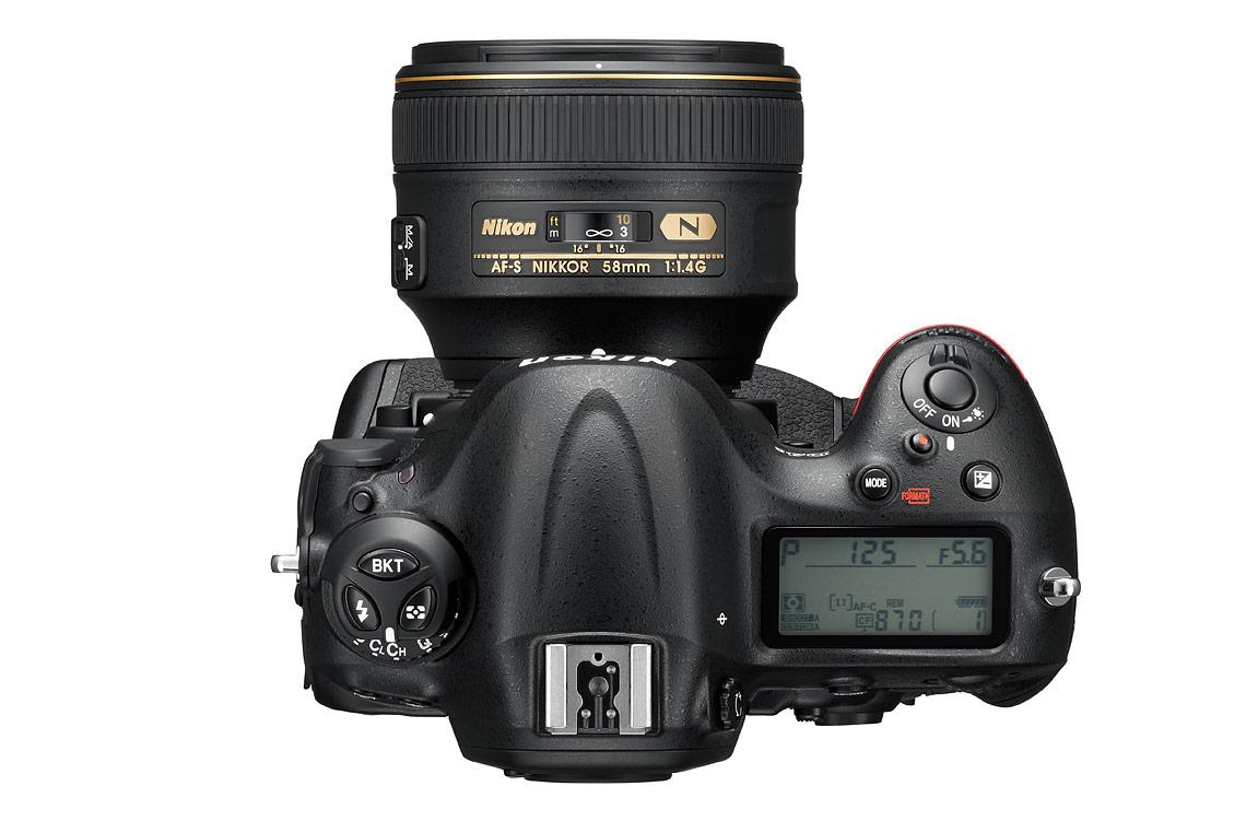 Die D4s mit dem 58mm 1:1.4 Objektiv, welches ebenfalls dazu gemietet werden kann